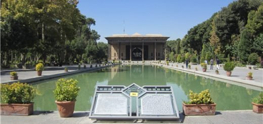 عکس کاخ چهلستون صفویه اصفهان